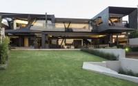 003-kloof-road-house-nico-van-der-meulen-architects