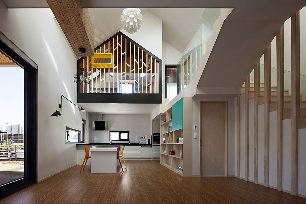 Iksan T House By KDDH Architects