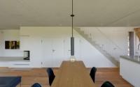 019-minimalist-vacation-house-mhring-architekten