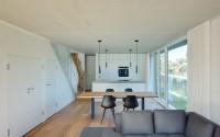 020-minimalist-vacation-house-mhring-architekten
