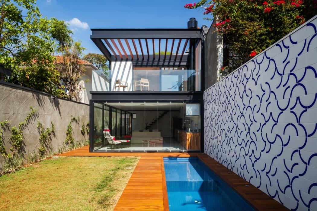 Casa 7×37 by CR2ARCHITECTURE