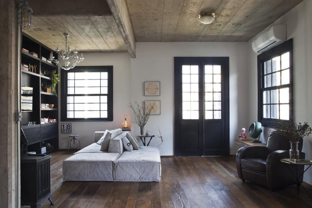 Jardins Apartment by Tavares Duayer | HomeAdore