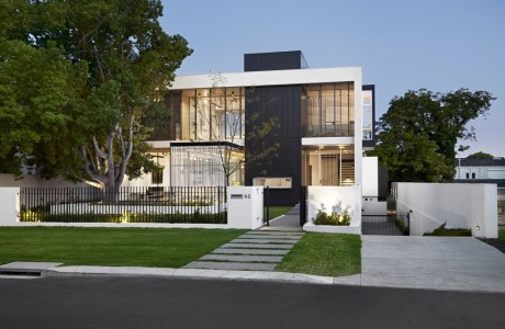 Modern House By Craig Steere Architects