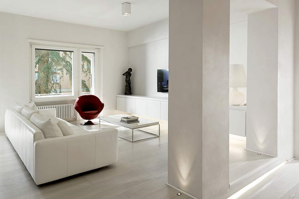P Apartment by Carola Vannini