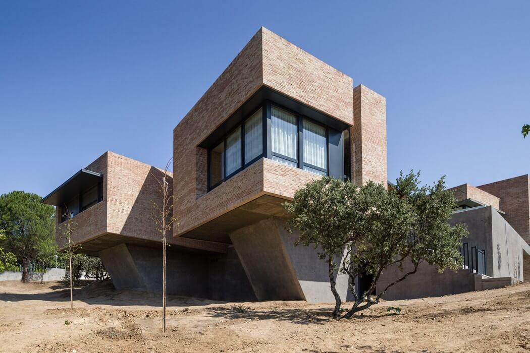 House in Molino de la Hoz by Mariano Molina Iniesta