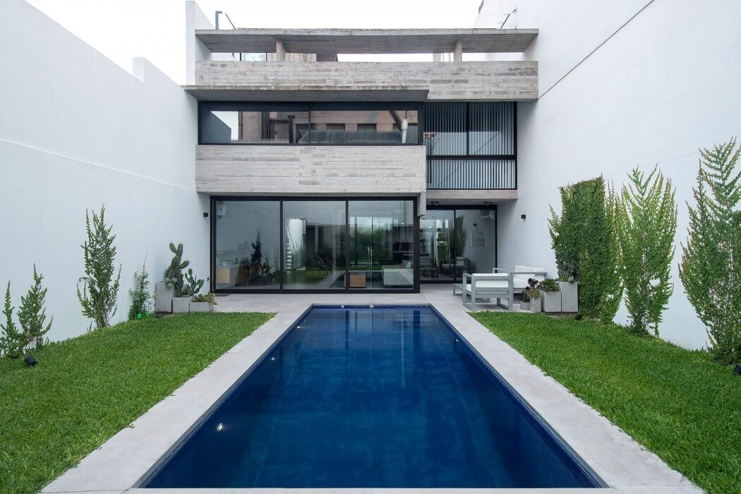 Two Houses by BAK Arquitectos