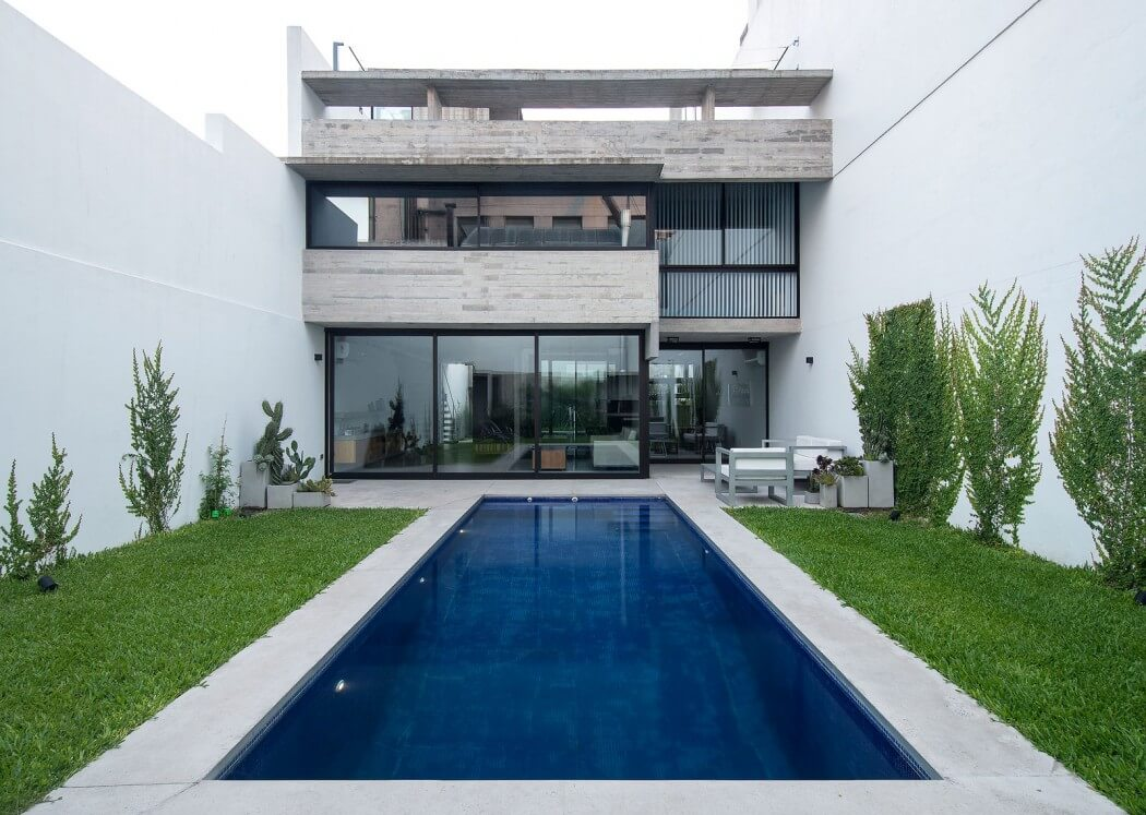 Two Houses by BAK Arquitectos - 1