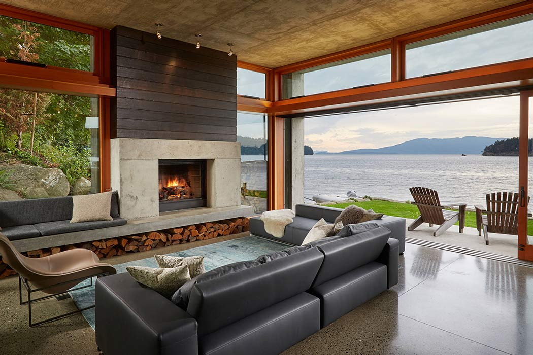 Bay House by McClellan Architects