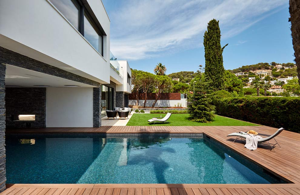 Blanes House by Piramide Grup