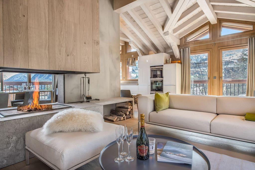 Chalet Kibo by Angelique Buisson « HomeAdore