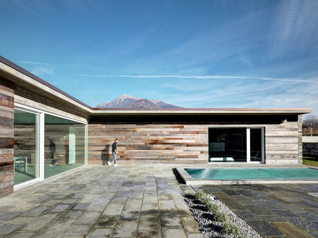 AP House by Rocco Borromini : rocco doors - pezcame.com