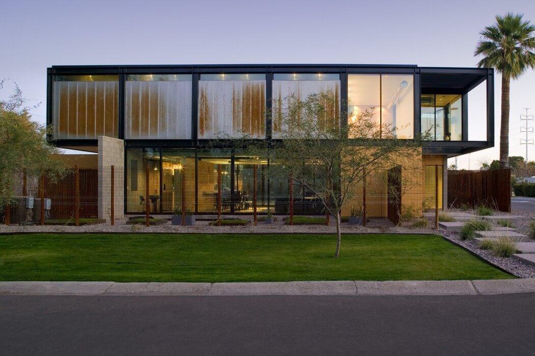 Sosnowski Residence by Chen+Suchart Studio