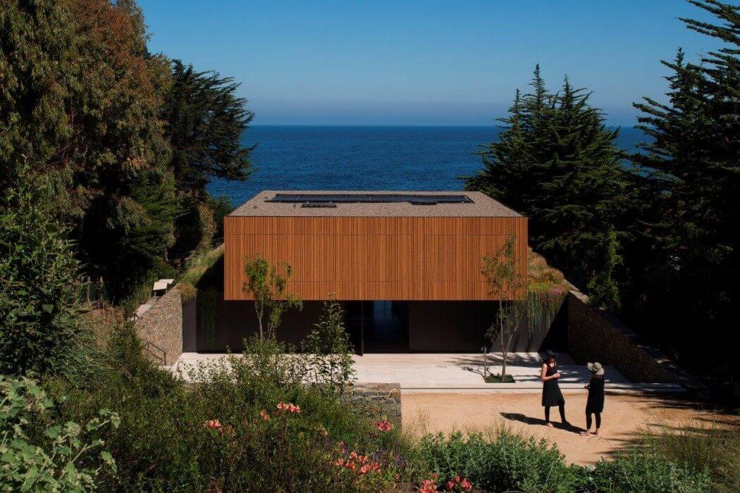 Casa Rocas by Studio Mk27