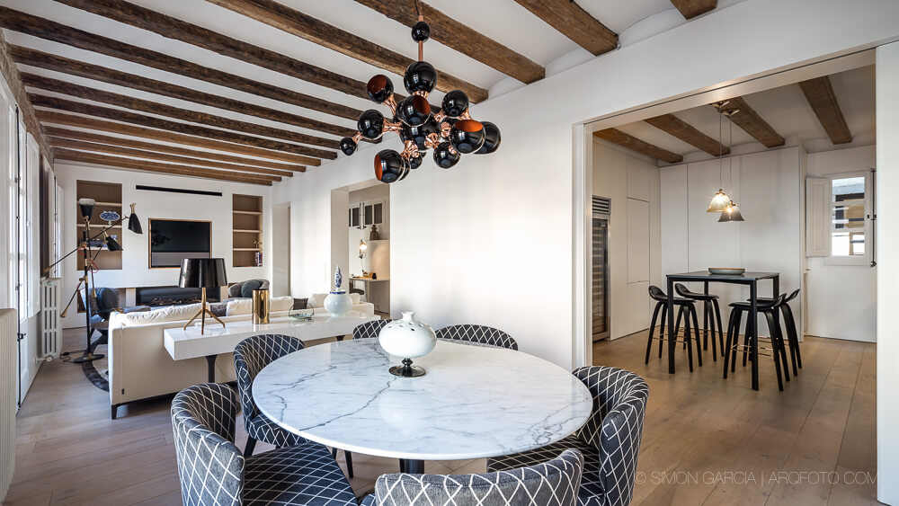 Apartment in Barcelona by AAGF Arquitectura