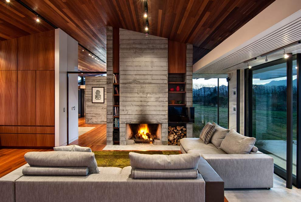 Modernist Residence by Lawson Homes