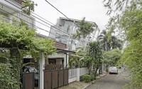 003-rumah-miring-budi-pradono-architects