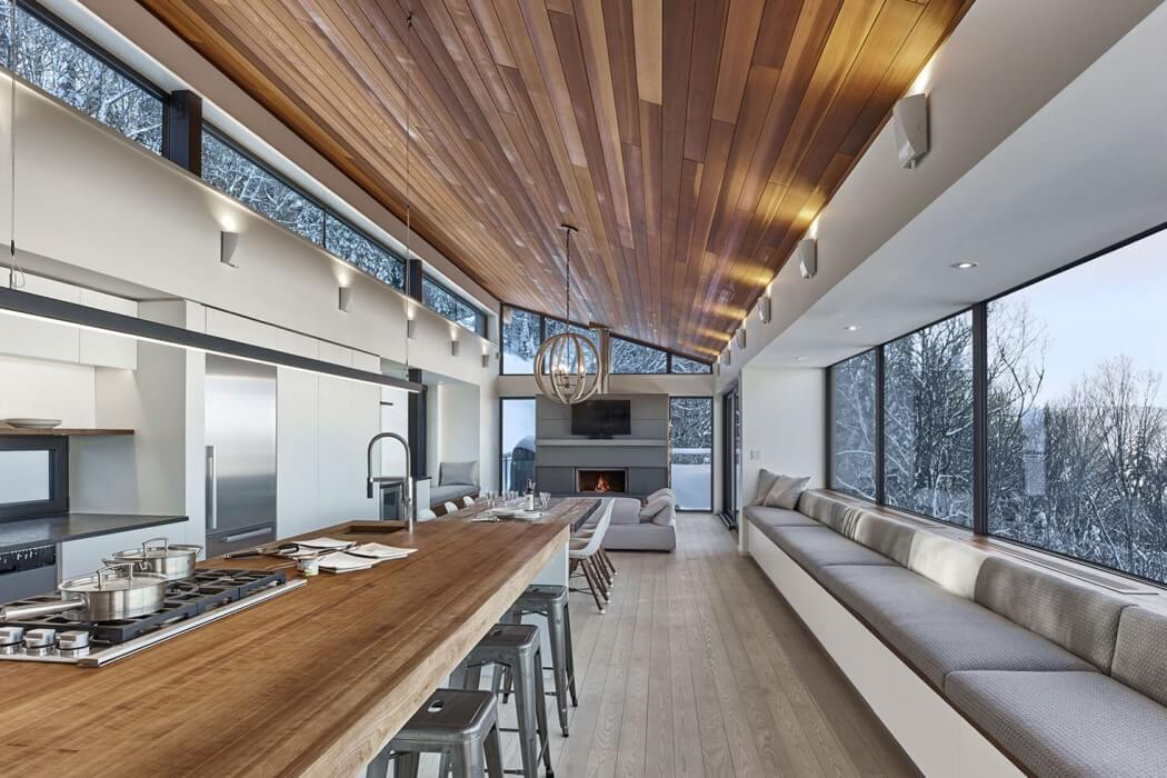 Laurentian Ski Chalet by Robitaille.Curtis
