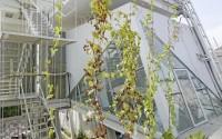 006-rumah-miring-budi-pradono-architects