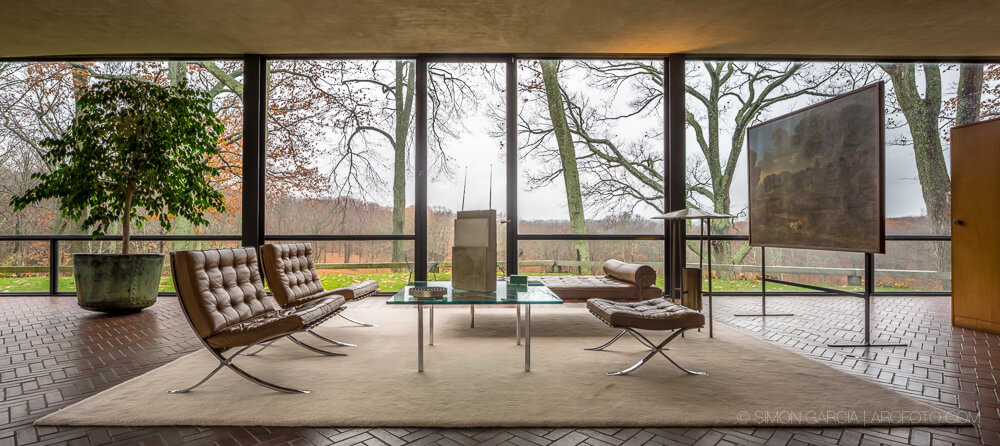 The glass house by philip johnson homeadore - Philip johnson glass house ...