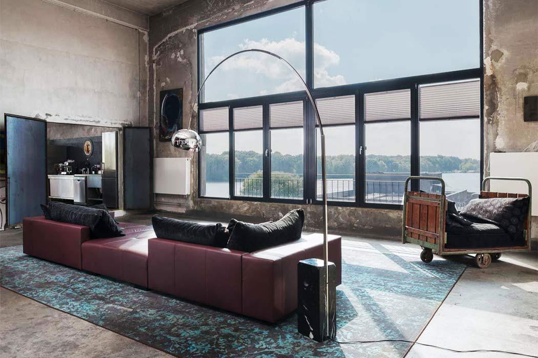 Penthouse in Berlin by Klemens Renner