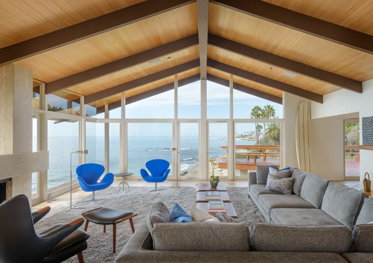 Modern Beach House Living. Modern Beach House Living .