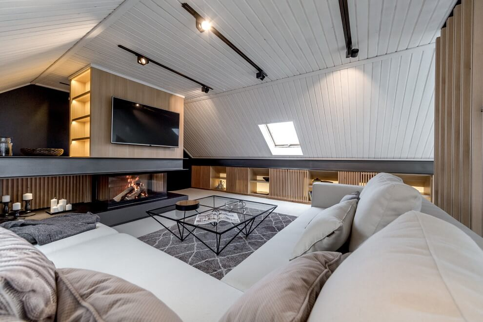 Attic Apartment by Lofting