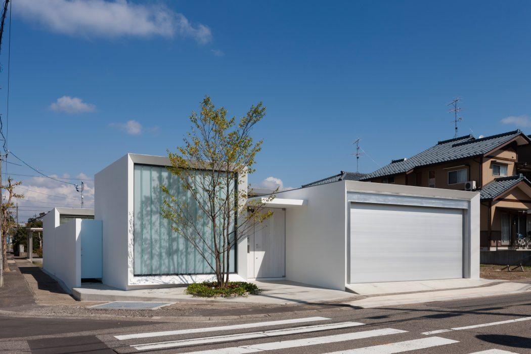 Modern House by Fujiki Architectural Design Studio