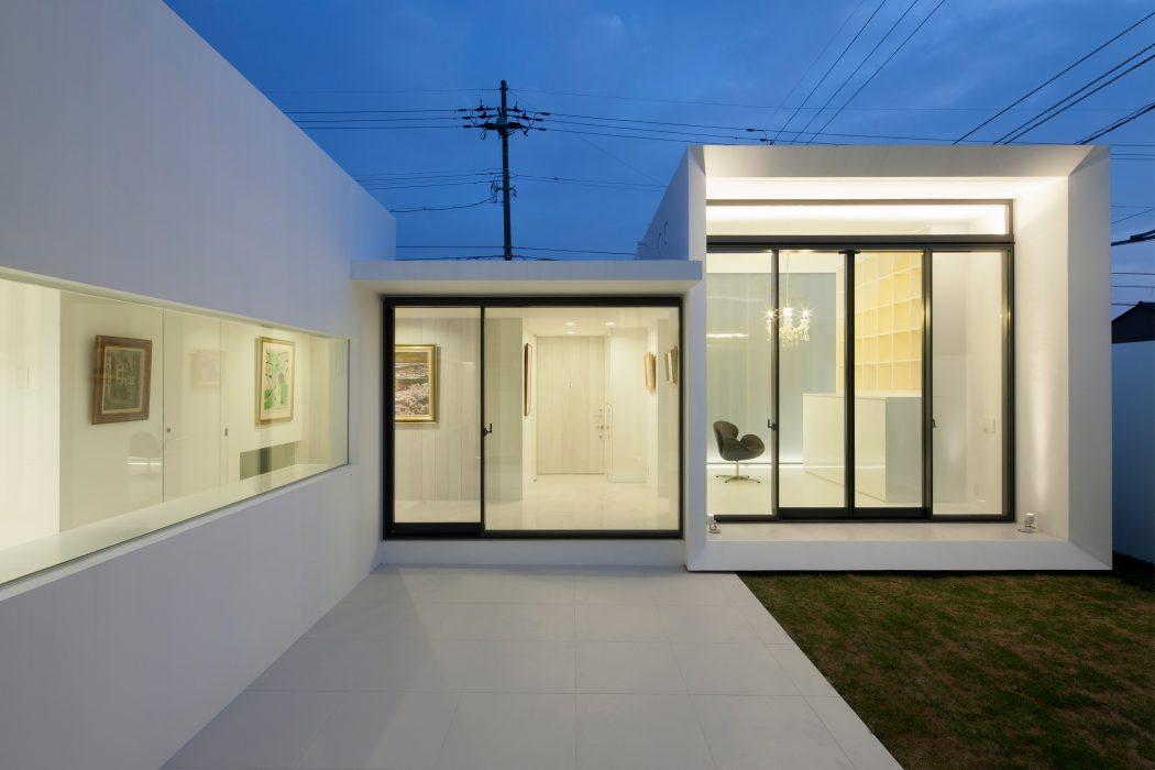 modern housefujiki architectural design studio | homeadore