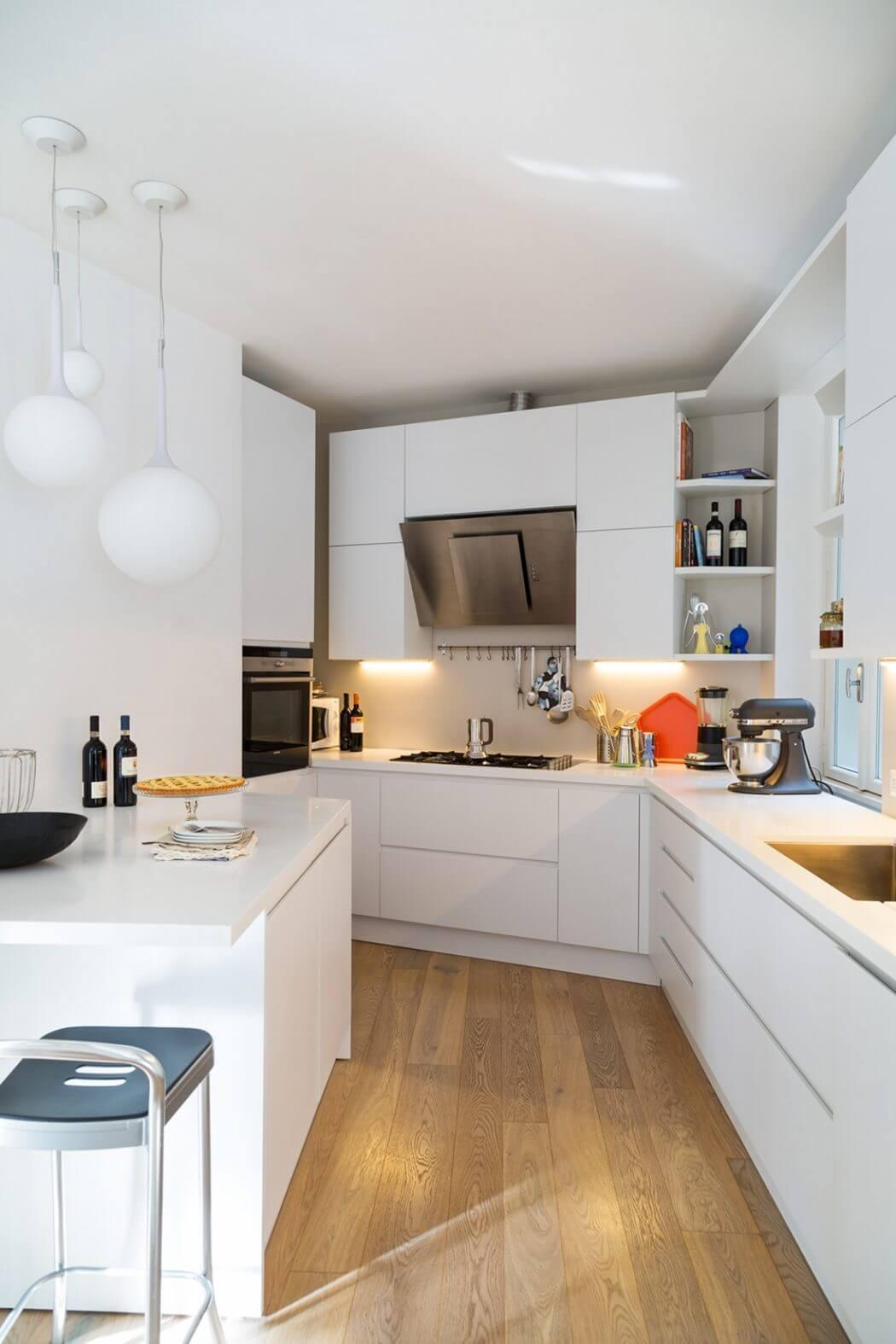 La casa studio by teresa paratore homeadore for Progetto cucina online gratis
