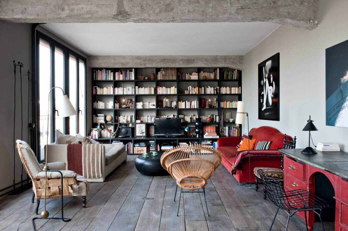 Chabrol apartment by antonio virga homeadore - Les beaux salons sejours ...