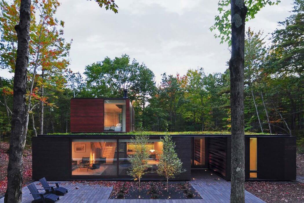 Door County Home by Johnsen Schmaling Architects