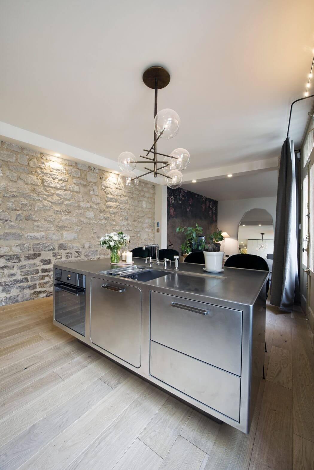 private apartment by 10surdix homeadore. Black Bedroom Furniture Sets. Home Design Ideas