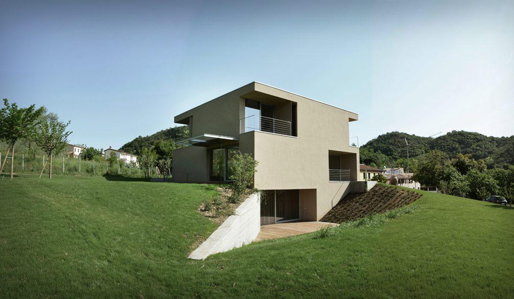 Casa nei Colli by Marco Baldassa
