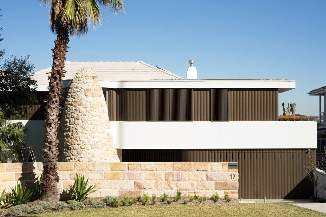 Martello Tower Home by Luigi Rosselli Architects
