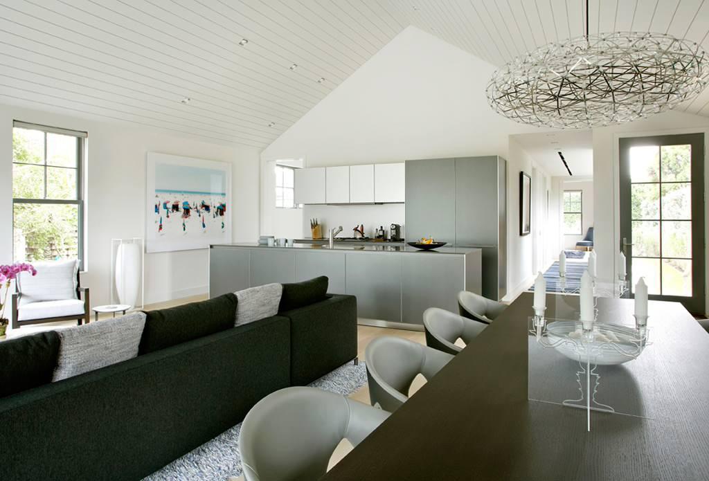 Sagapnack Cottage by Axis Mundi Design
