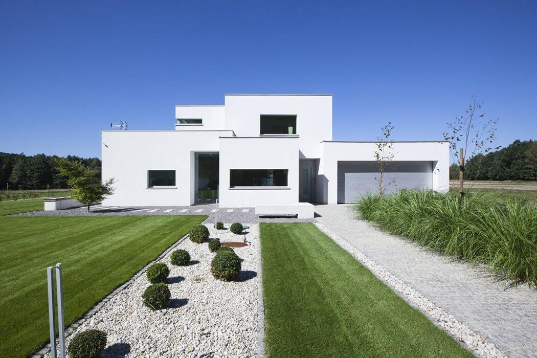 Eco House by BXBstudio