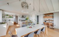 012-coastal-home-woodford-architecture-interiors