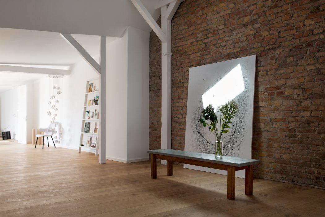 Loft in Berlin by Santiago Brotons Design « HomeAdore