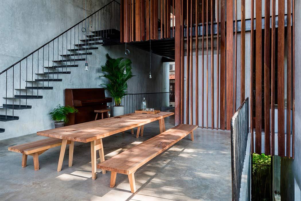 Thong House by Nishizawaarchitects