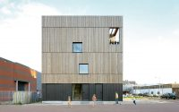 003-lofthouse-1-marc-koehler-architects