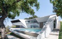 004-futuristic-residence-arshia-architects