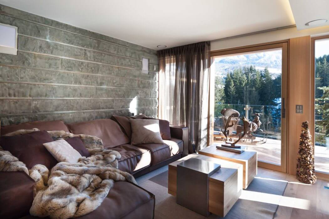 Chalet in St. Moritz by Matteo Ceron