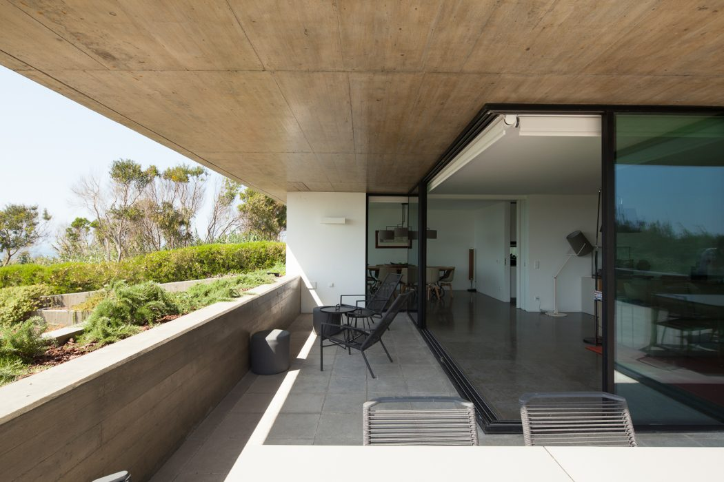 House in Lisboa by Ribeiro de Carvalho