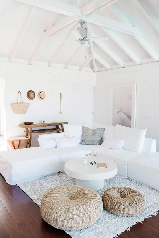 villa palmier by atmosph re d ailleurs homeadore. Black Bedroom Furniture Sets. Home Design Ideas