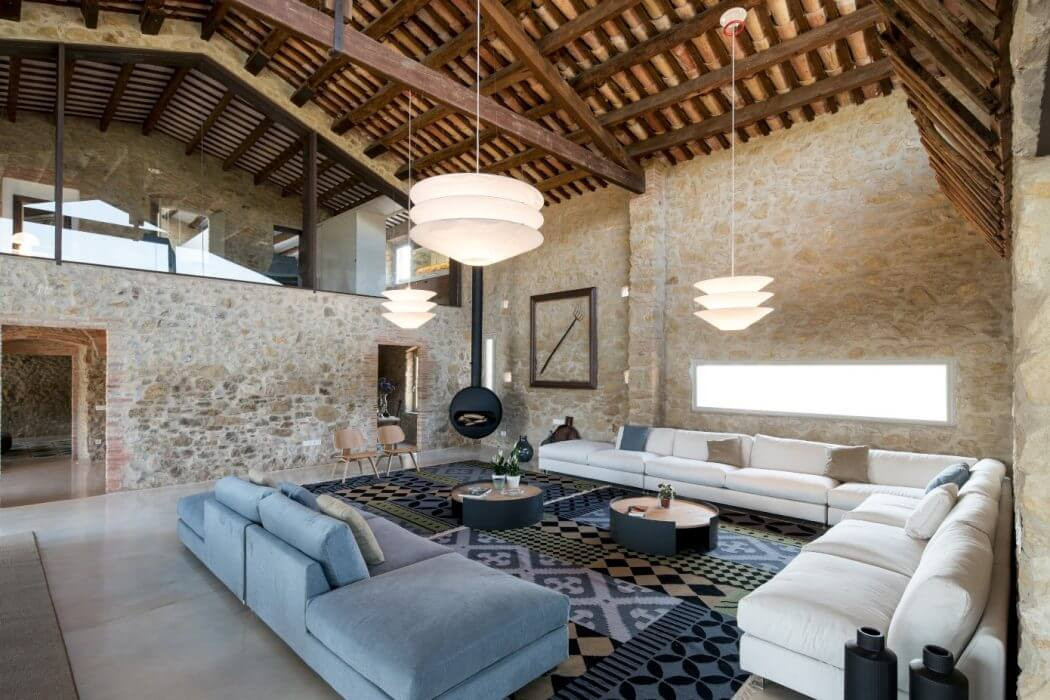 Farmhouse in Girona by Gloria Duran Torrellas