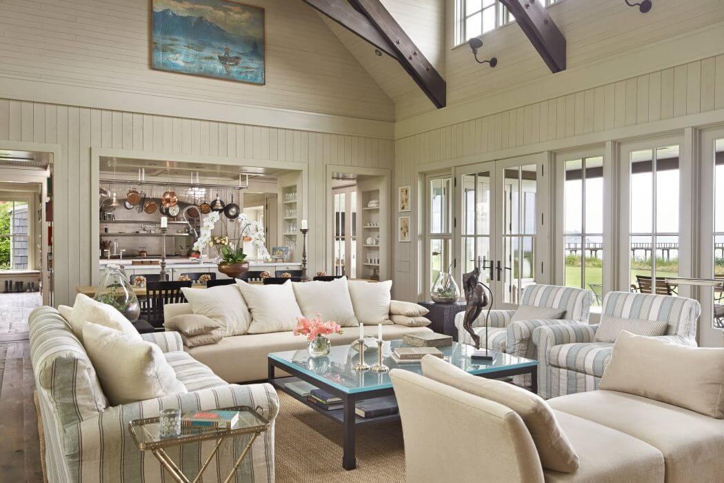 Home in Mutiny Bay by Hoedemaker Pfeiffer