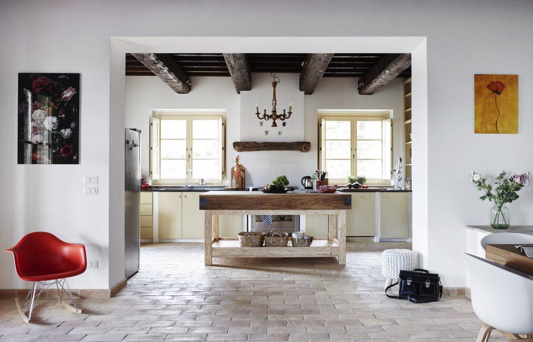 Casa refogliano by special umbria homeadore for Casa stile contemporaneo