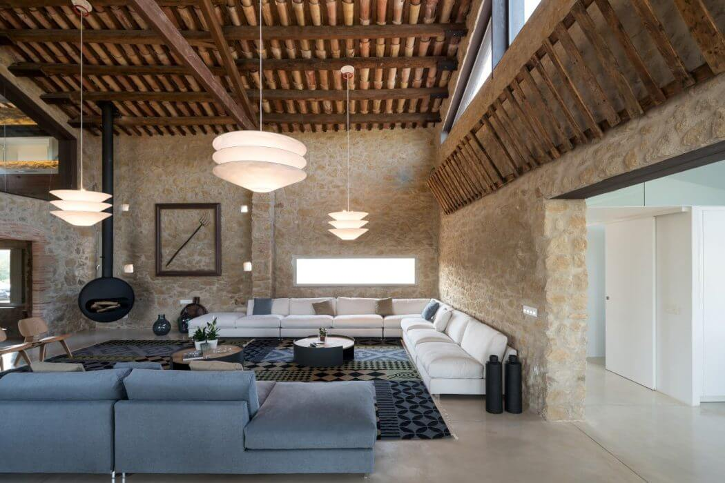 Farmhouse In Girona By Gloria Duran Torrellas Homeadore