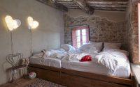 021-historic-farmhouse-special-umbria-W1390