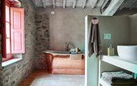 024-historic-farmhouse-special-umbria-W1390